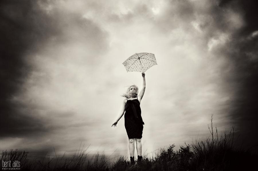 DSC_0058_creaive_artistic_photography_umbrella_moody_sky_black_and_white_windswept_windy