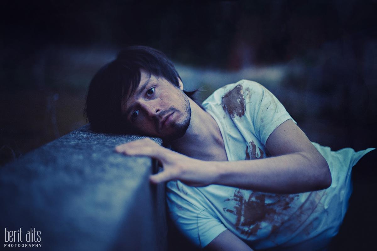 03_creative_portrait_male_posing_artistic_dreamy_clonmel_photographer_photography_ireland_tipperary_berit Alits