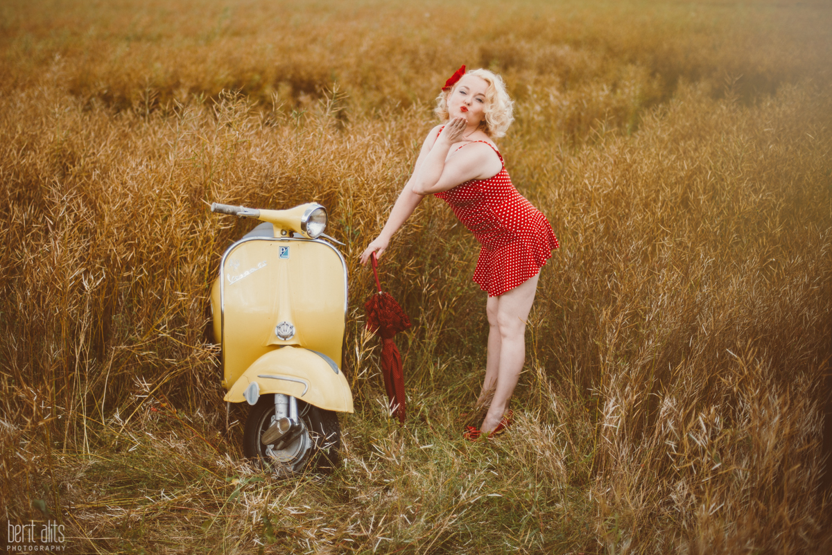 06 charity suicide prevention lifeline kilkenny scootergirls alliance calendar ireland ducketts grove carlow clonmel tipperary photographer photography vespa retro pinup photoshoot natural light fashion nikon d800 nikkor creative artistic timeless fu