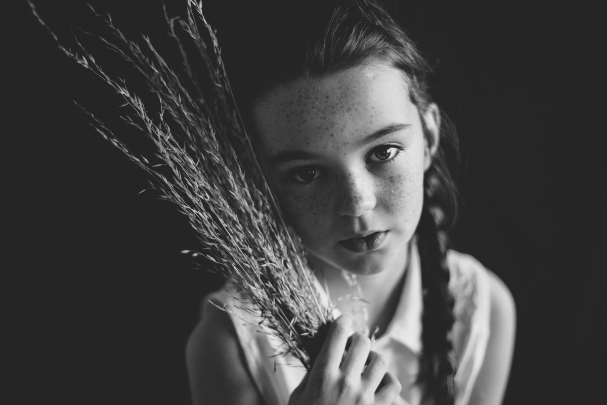 06  portrait photographer creative ireland clonmel berit alits tipperary viljandi eesti fotograaf black and white nikon natural light d800 connection emotive child kid low key eye connection