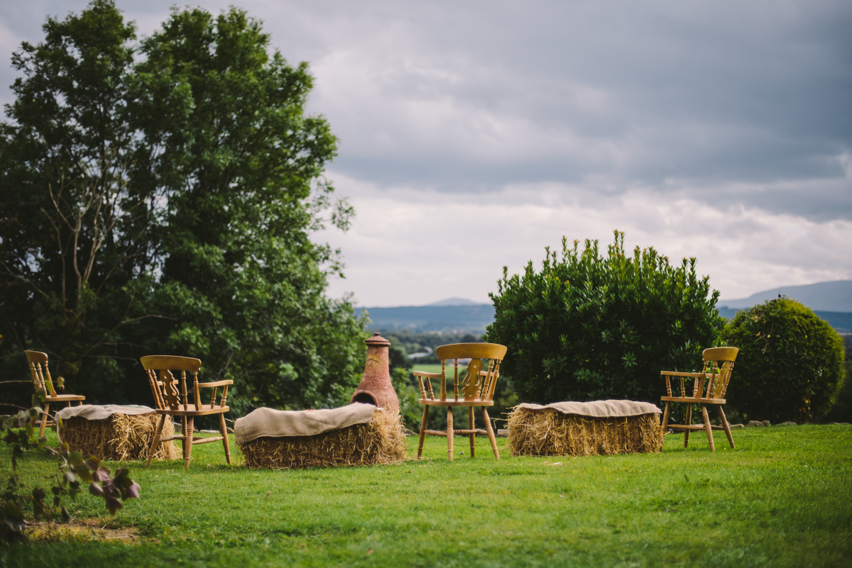 26 hay barn wedding